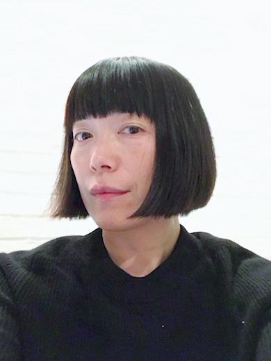 スタイリスト 山本マナ