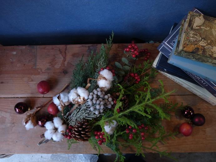 三宮店にてクリスマス用スワッグ作りワークショップを開催
